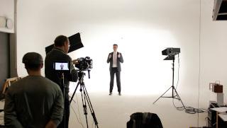 Leistungen Kamera-Regie